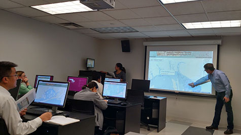 Sandra Baptista and Brett Branco lead a training workshop on the use of the Jamaica Bay Water Quality Data Visualization and Access Tool, which took place at the Brooklyn College Graduate Center for Worker Education in New York City September 30.